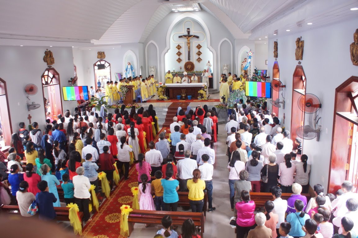 Ngày Hành Hương Mừng Bổn Mạng Giáo Phận Long Xuyên, tại GX Hòn Chông - Ảnh minh hoạ 12