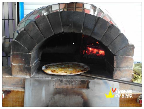 手工現點現烤羅馬式薄脆口感披薩『卡薩窯烤披薩』