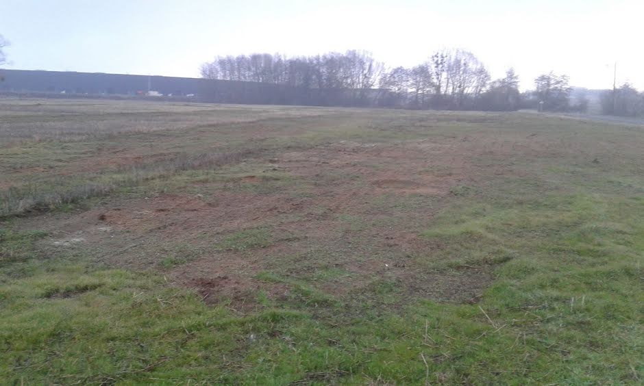 Vente terrain à batir  705 m² à Avermes (03000), 47 244 €