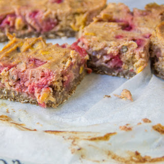 Strawberry Corn Oat Bars [Vegan, Gluten-Free]