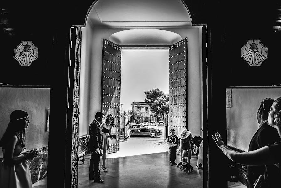 Wedding photographer Eliseo Regidor (EliseoRegidor). Photo of 20.02.2017