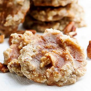 Maple Cinnamon Pecan Cookies