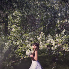 Wedding photographer Kseniya Borisova (ksyushabarboris). Photo of 17.05.2014