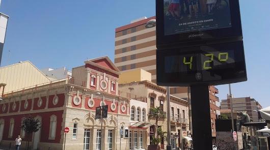 Aviso naranja por calor: hasta 42 grados este sábado en Almería