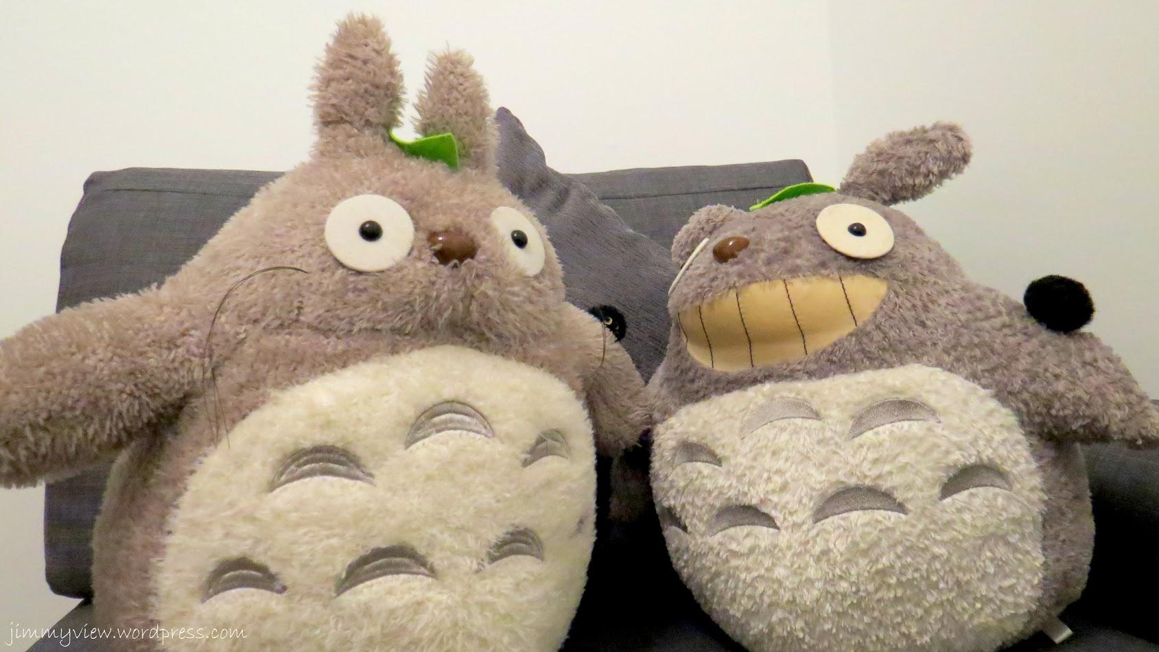 2 Totoros :D