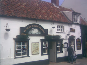 Photo: The little White Swan Inn from the sixteenth century. Monks lived to the East and Minster to the West, so the protected King's Swans down behind around the Lud River may well have been unmolested and begging for crusts.