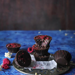 Coconut & Raspberry Dark Chocolate Cups (Keto, Sugar Free, Vegan).
