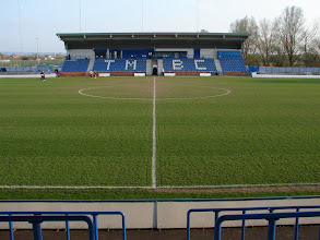 Photo: 12/04/10 v FC Halifax Town (Unibond League Division 1 North) 0-5 contributed by Andy Gallon