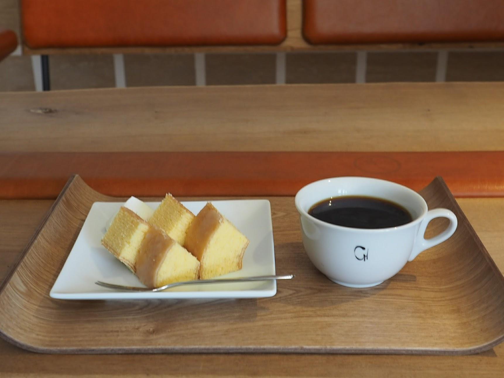 ラコリーナ近江八幡のバウムクーヘンとコーヒー