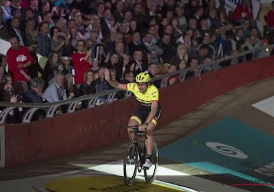 """""""Zoveel volk voor een Zwitserse renner? Dat kan alleen in het wielergekke België"""""""