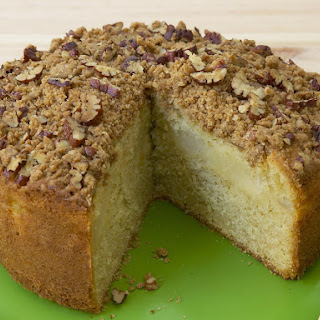 Pear and Pecan Streusel Cake.
