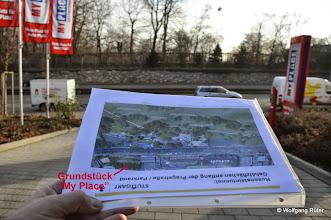 """Photo: Die Wilhelma und der FFH-Rosensteinpark gegenüber """"My Place"""" an der Pragstraße B10. Genau hier sind die Einschnitts-Baubereiche Rosensteintunnel geplant"""
