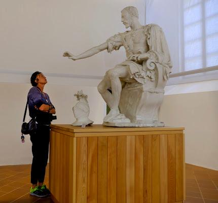 La statua di leorol