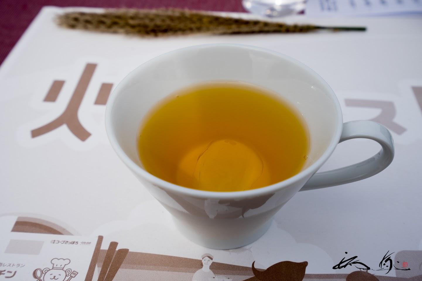 〆のお茶「さやか」