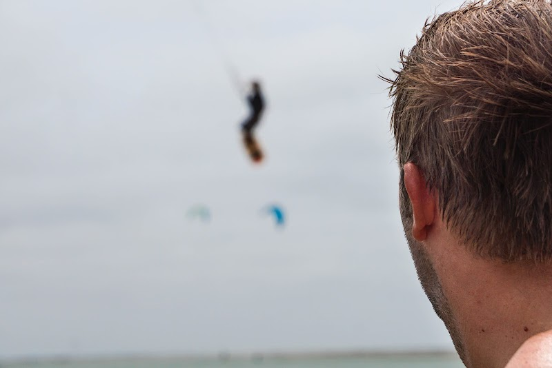 Sri. Lanka Mannar Kiteboarding. Practice makes perfect! Time to go on the water