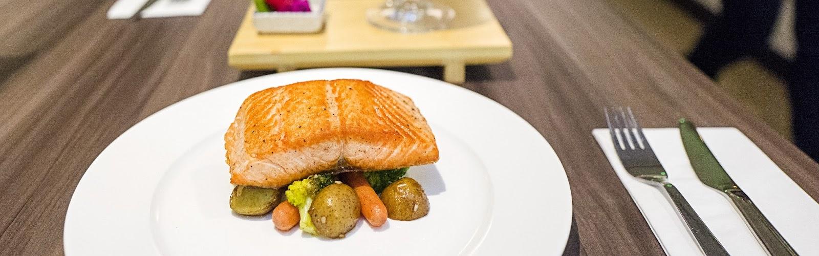 f-salmon-L1050551.jpg