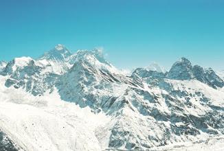 Photo: Das Panorama vom Gokyo Ri aus. Mount Everest (links)