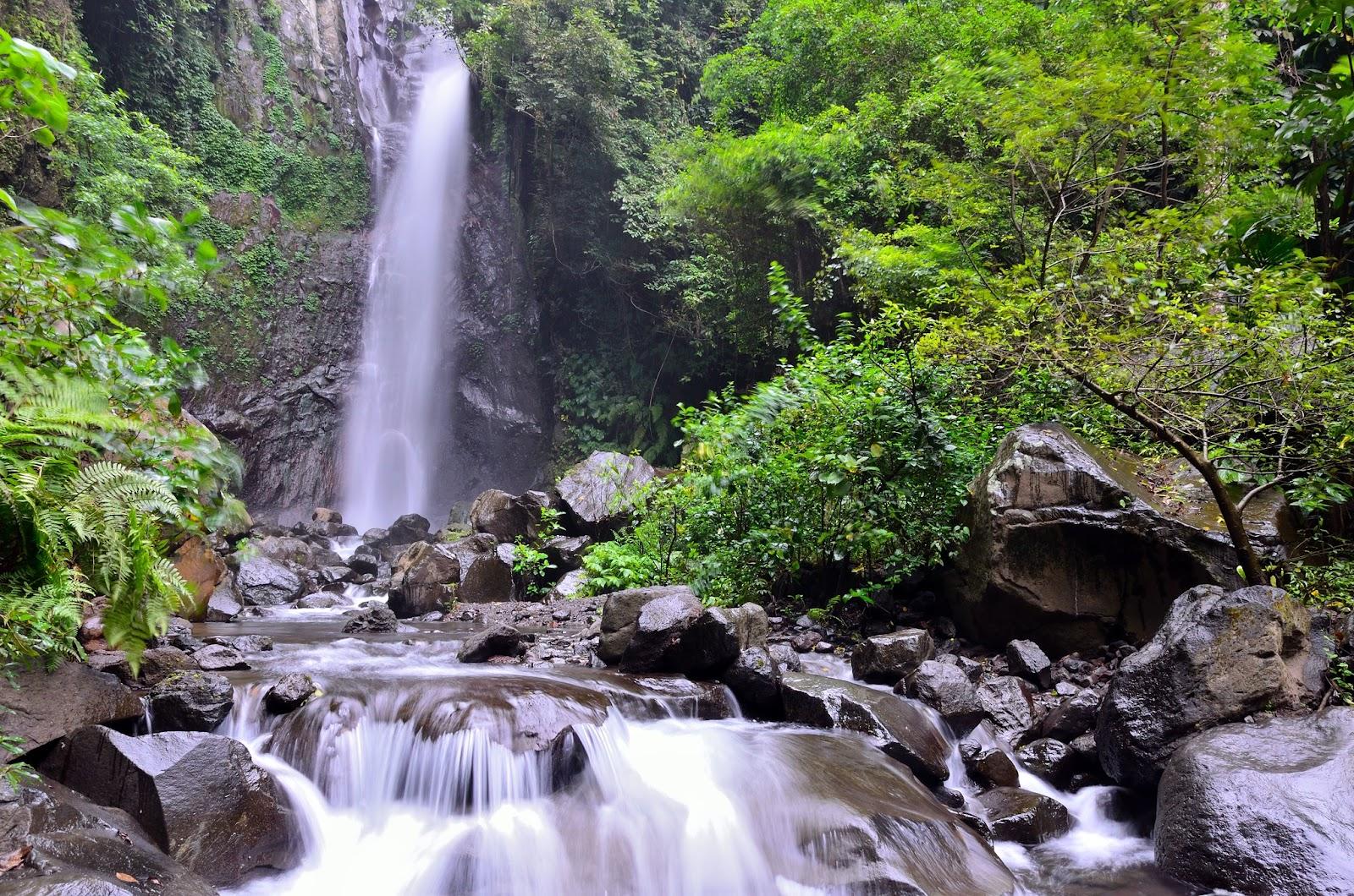 Yeh Mampeh Waterfall