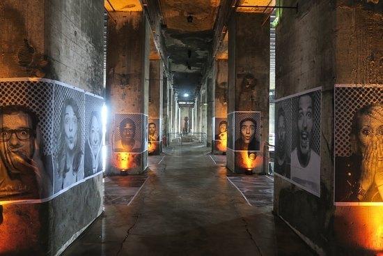 Exposition à la base sous marine de Bordeaux