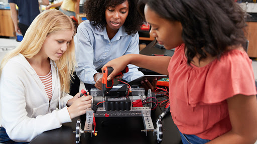 The Girl Geek Summit aims to get more disadvantaged girls into STEM.