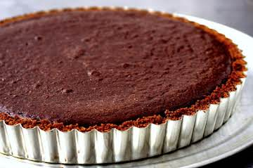 dark chocolate tart with gingersnap crust