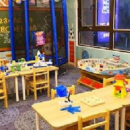 小星球家庭餐廳 Little Planet