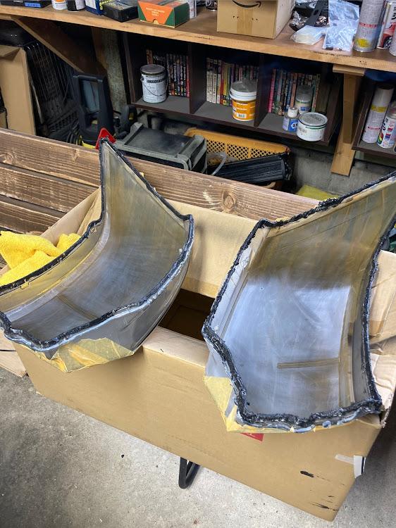デリカD:5 CV4Wのヘッドライトから割り,madmaxx custom worksに関するカスタム&メンテナンスの投稿画像1枚目