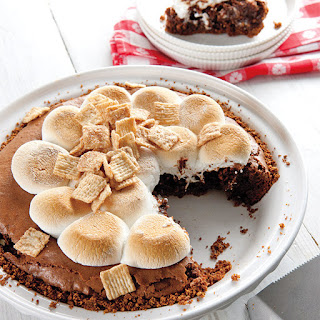 Golden Grahams S'mores Pie.