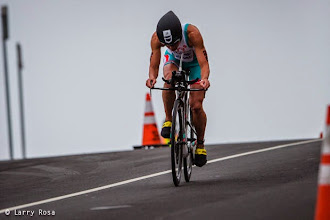 Photo: Miranda Carfrae (AUS) decends on bike toward the Great Highway at the 2014 Escape from Alcatraz Triathlon on June 1, 2014 in San Francisco, CA