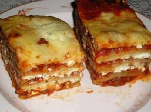 Lasagna Made With Slow-Simmered Meat Sauce