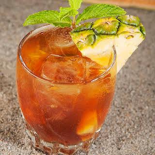 Island Wedge Cocktail.