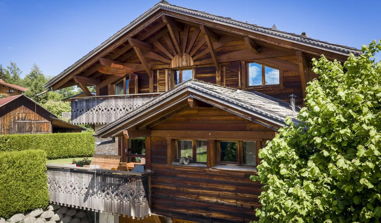 Chalet avec vue panoramique et terrasse Les carroz d'araches