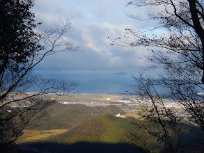 切り開きから琵琶湖を望む