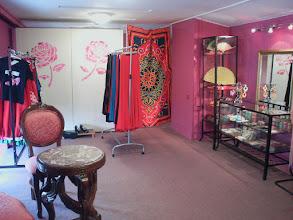 Photo: sklepik ze strojami i drobiazgami Flamenco & Orient
