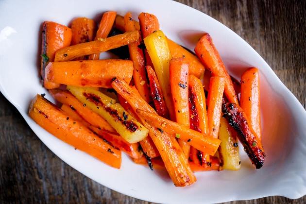 Honey-Ginger Roasted Carrots Recipe