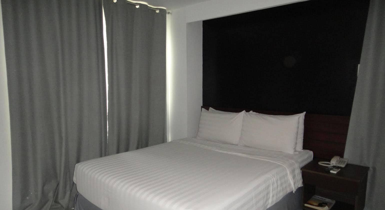 Cityscape Hotel