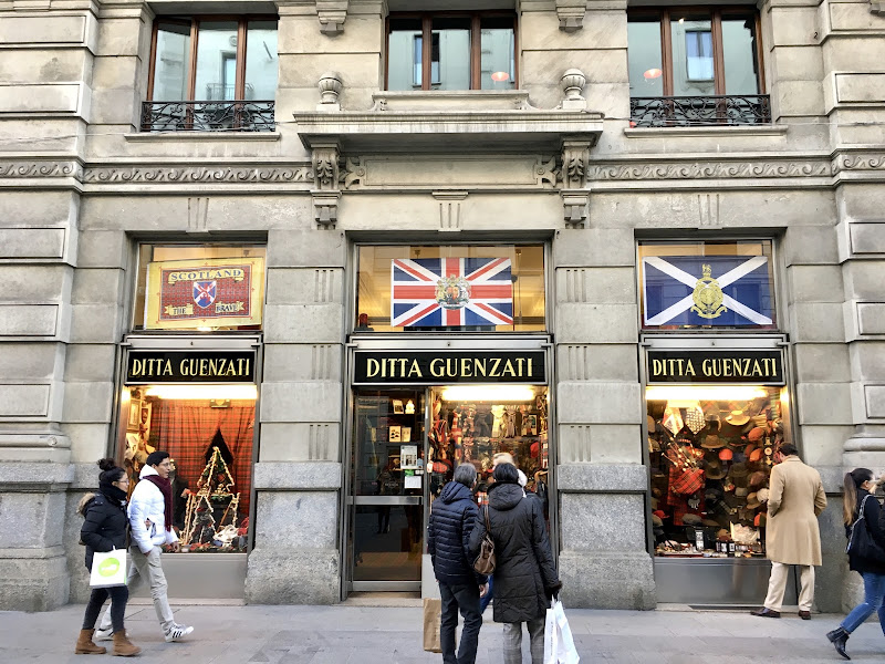 Negozio storico di Milano di annabus58