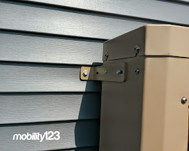 Photo: Wheelchair Lift | Mobility123