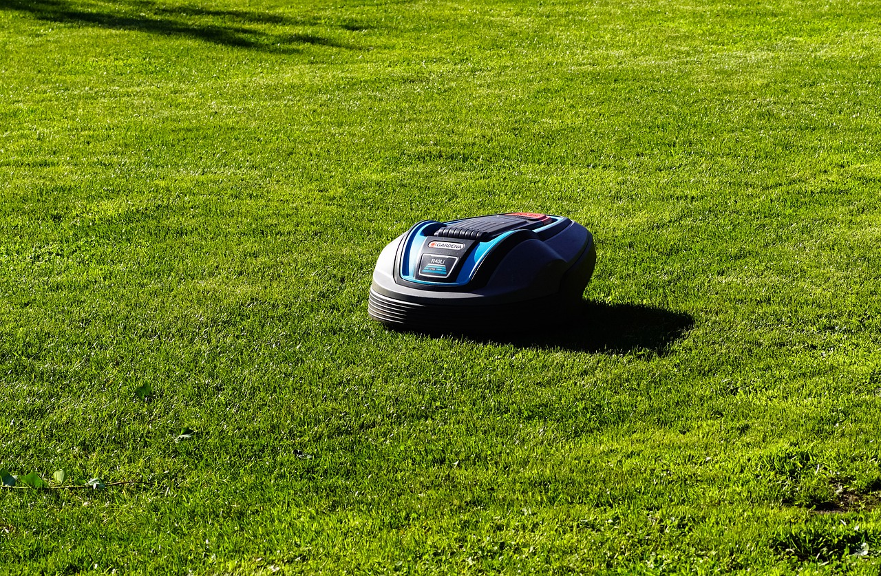 Top 6 Best Robot Lawn Mower Reviews - Buying Guide