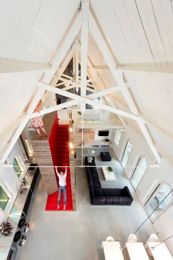 https://cdn2.arquitecturaideal.com/wp-content/uploads/2015/02/Hist%C3%B3rica-iglesia-convertida-en-una-casa-privada-en-Holanda-7.jpg