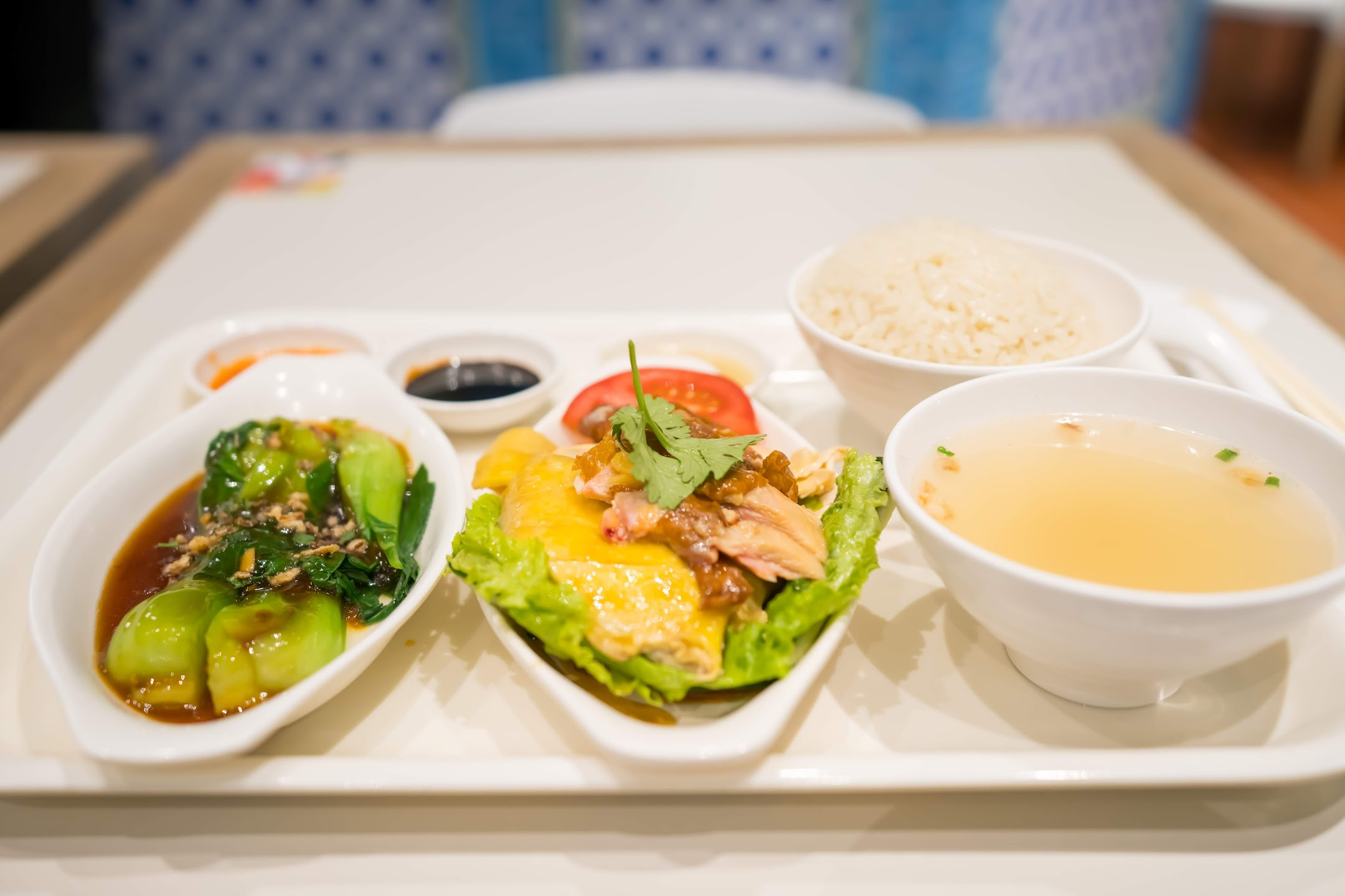 上海タワー Food Republic(大食代) 三巡海南鶏飯(Sergeant Hainanese Chicken Rice)2