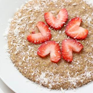 Strawberry Coconut Quinoa Breakfast Bowl