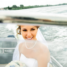 Wedding photographer Elena Chernykh (HelenPhoto). Photo of 10.03.2015