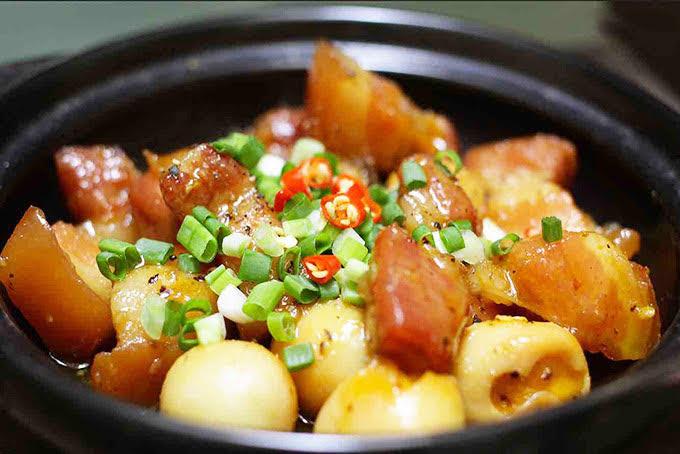 Tiết lộ cách kho thịt ngon chuẩn cơm mẹ nấu