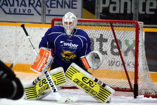 Jussi Olkinuora pelaa SaiPassa 3.12 asti kestävällä sopimuksella.
