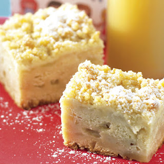 Apple, Cinnamon and Sour Cream Squares