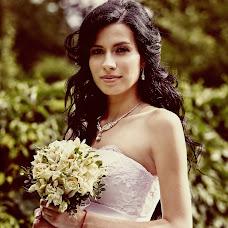 Wedding photographer Nikolay Valyaev (nikvval). Photo of 23.08.2016