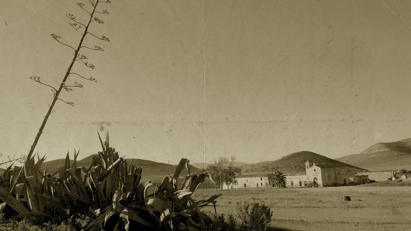 Imagen retrospectiva del simbólico Cortijo del Fraile, en el valle nijareño.