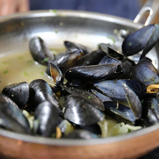 Mussels with Fennel and Italian Beer.
