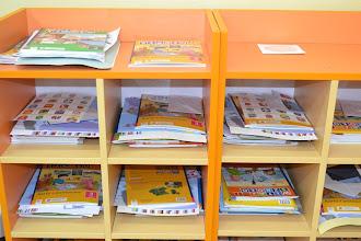 Photo: każdy uczeń posiada swoją szafkę lub półkę